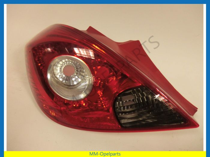 Tail light left Corsa D